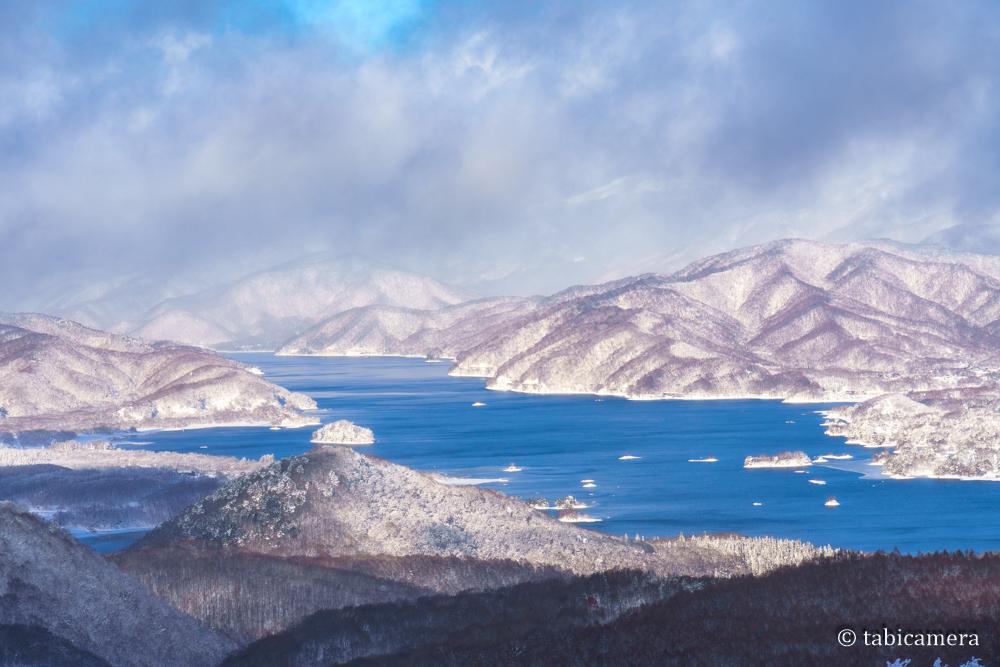 猫魔スキー場からの檜原湖