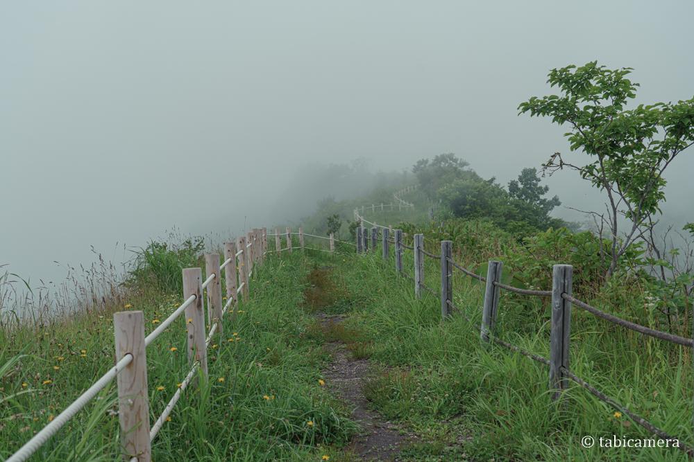 有珠山外輪山展望台への道