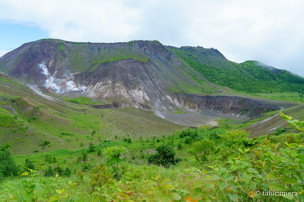 有珠山外輪山展望台からの有珠山と火口