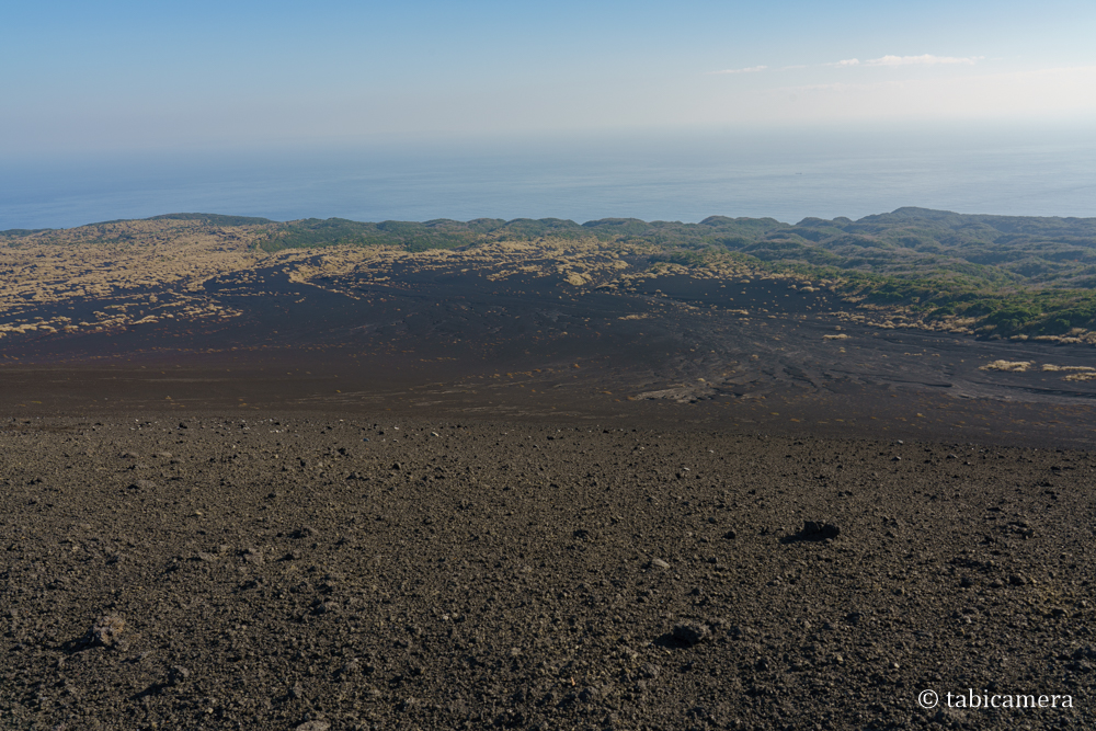 櫛形山山頂からの裏砂漠